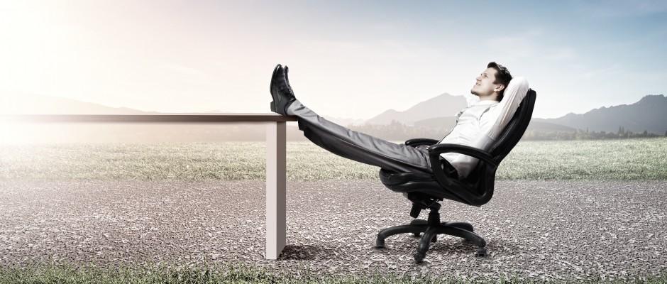 Fotel wypoczynkowy obrotowy